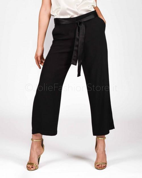 Pinko Pantaloni Cropped in Enver Satin Neri