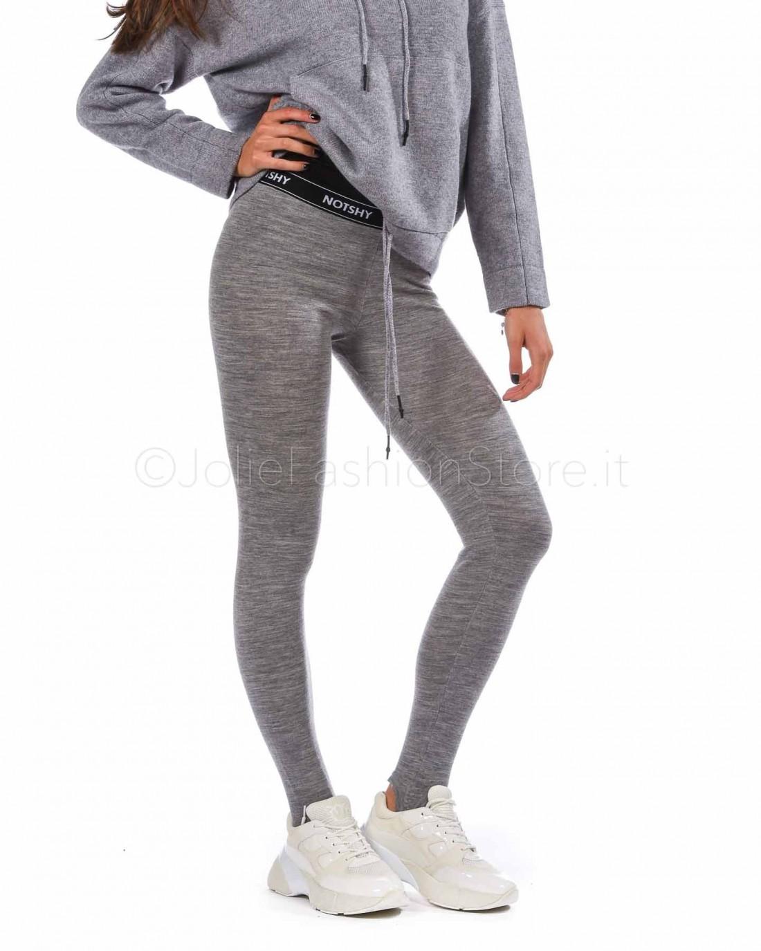 Not Shy Legging in Lana  3507160-GRIS